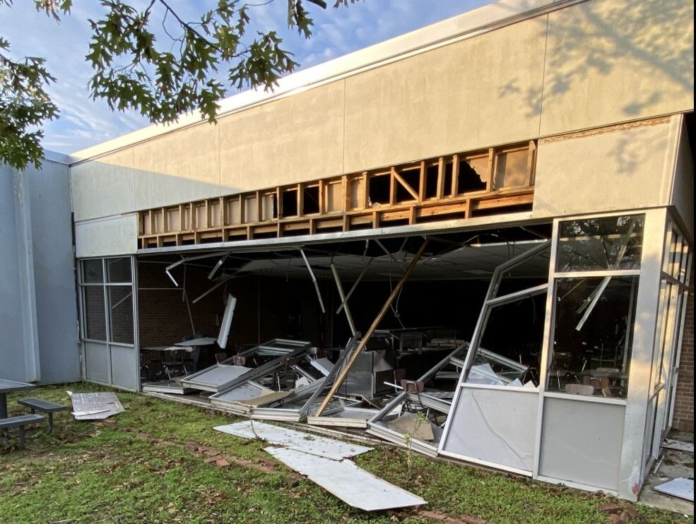Destrehan High School St. charles Hurricane Ida
