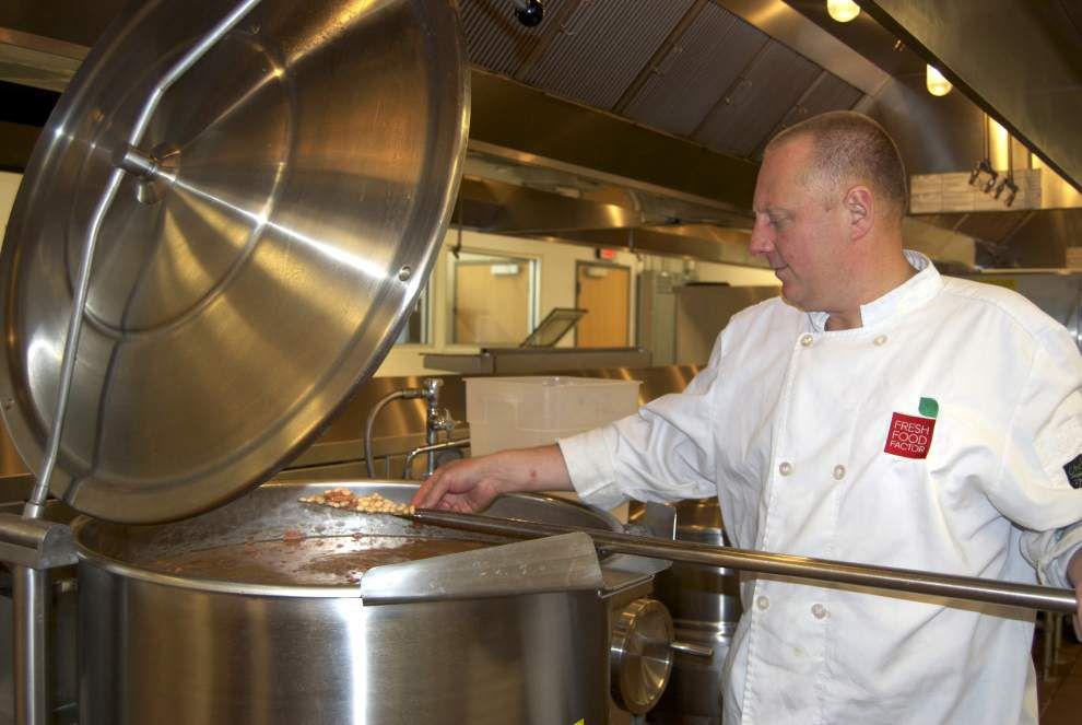 Program preps fresh foods for area schools _lowres