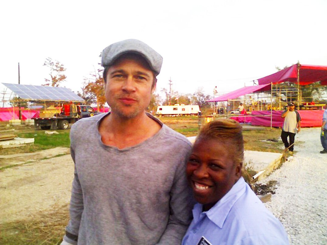Actor Brad Pitt and 9th Ward resident Janice Porter at the site of the future Make It Right neighborhood in early 2008.jpg