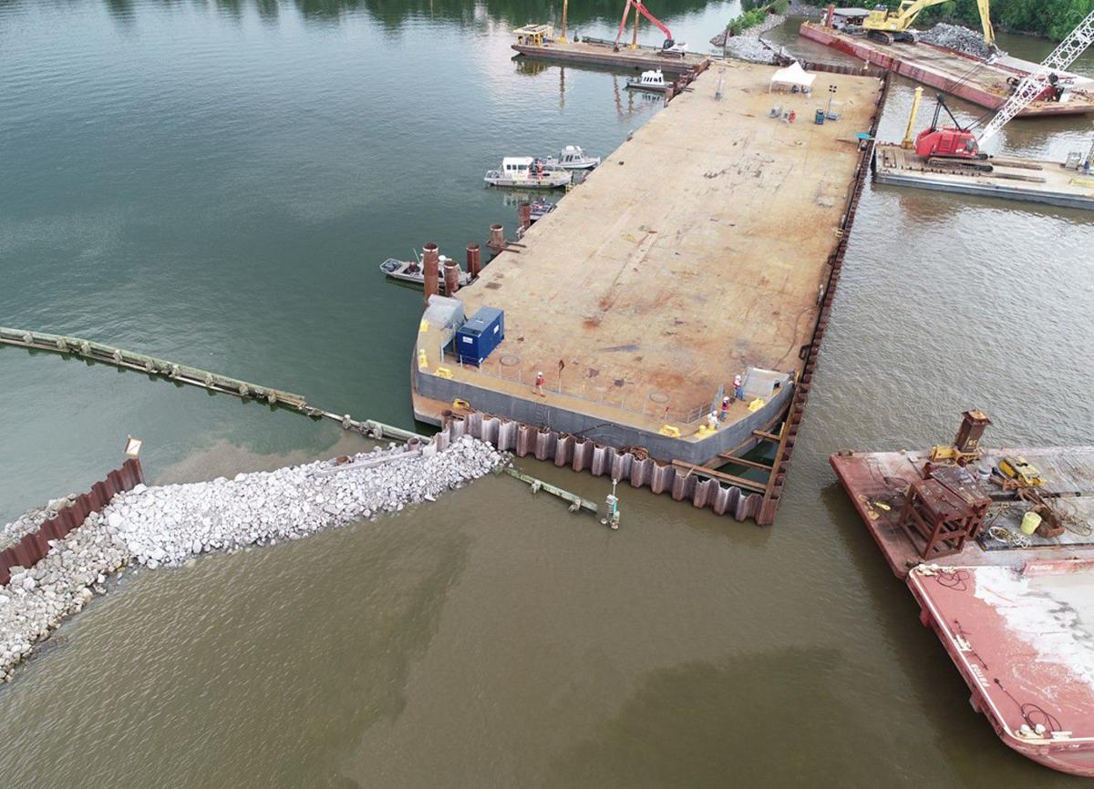 Bayou Chene temporary barge gate