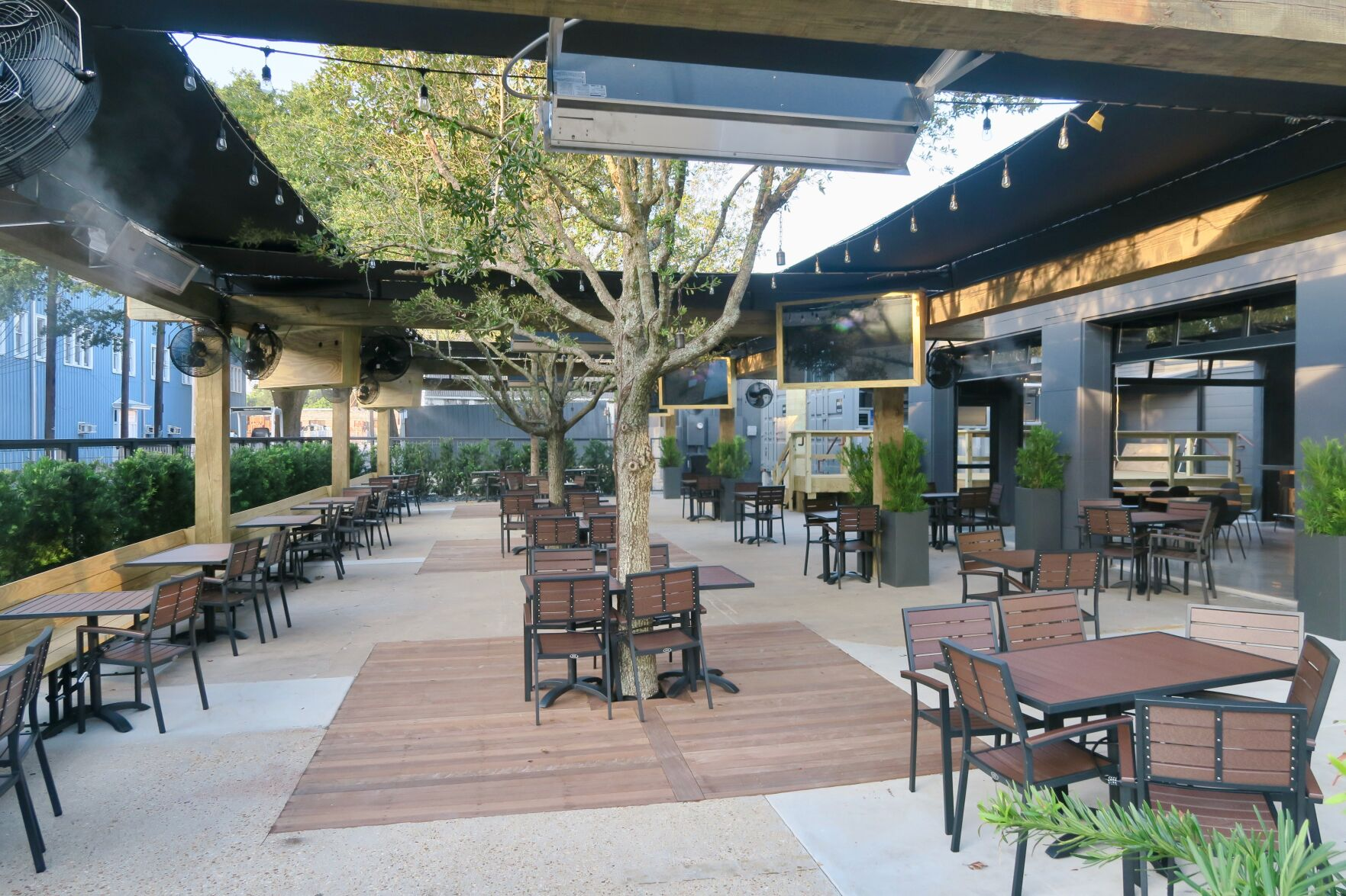 For New Outdoor Mid City Restaurant Trep S Sidney Torres Taps Two Pros Of Patio Dining Where Nola Eats Nola Com