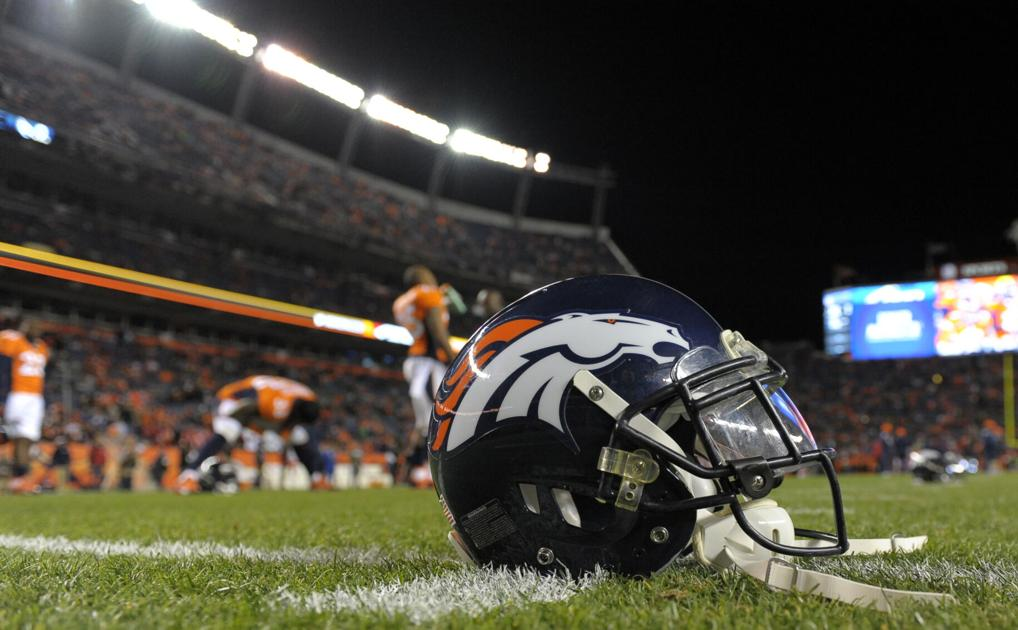 Broncos pull all 3 quarterbacks from practice out of COVID-19 contact tracing concerns: report