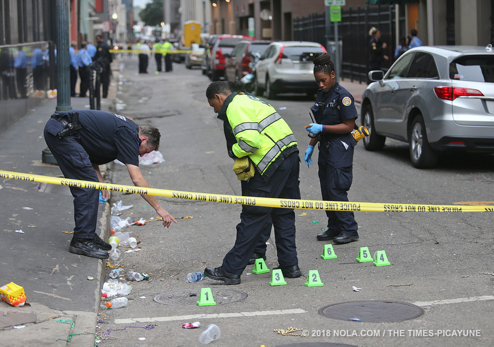 2 teens shot near parade route in CBD, 1 in critical condition: NOPD