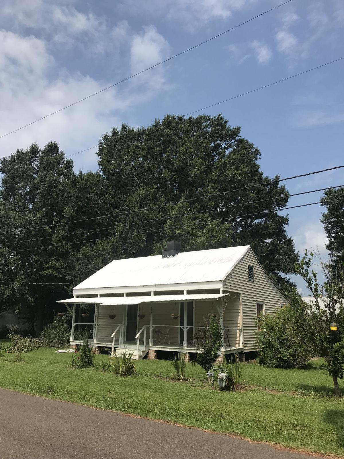 458 Orange Cottage, Laplace, St. John the Baptist Parish, 70068