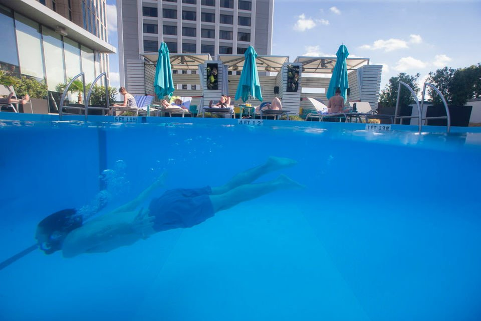 Hotel pools invite New Orleans to take a dip this summer