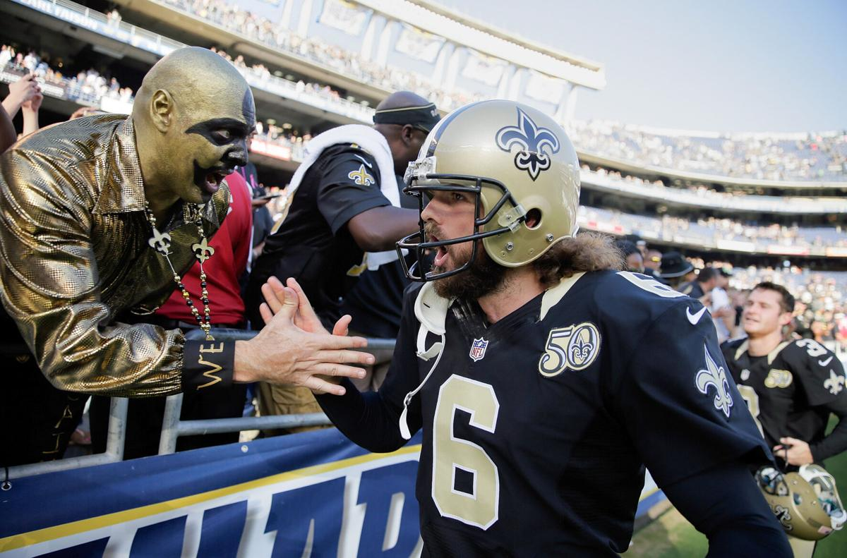 saints chargers 2016 Thomas Morsteas and fans