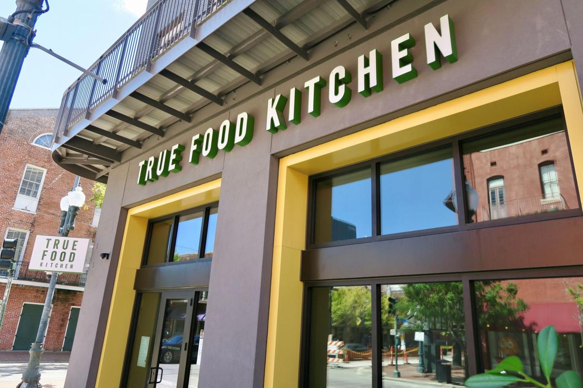 Healthy Dining Chain True Food Kitchen Bets Big On Downtown