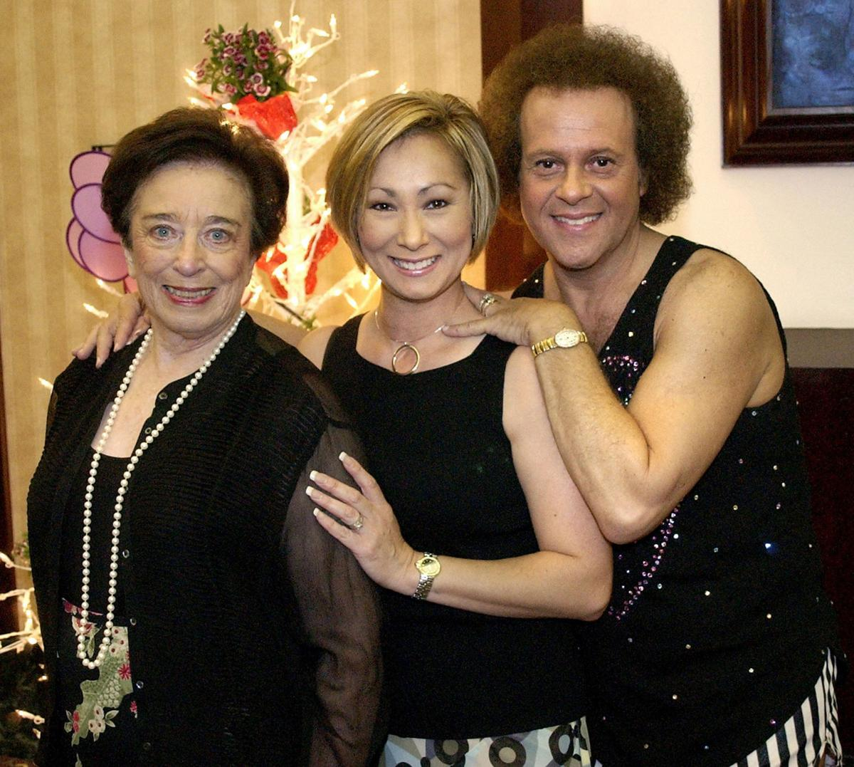 Private eye charged with spying on Richard Simmons: report