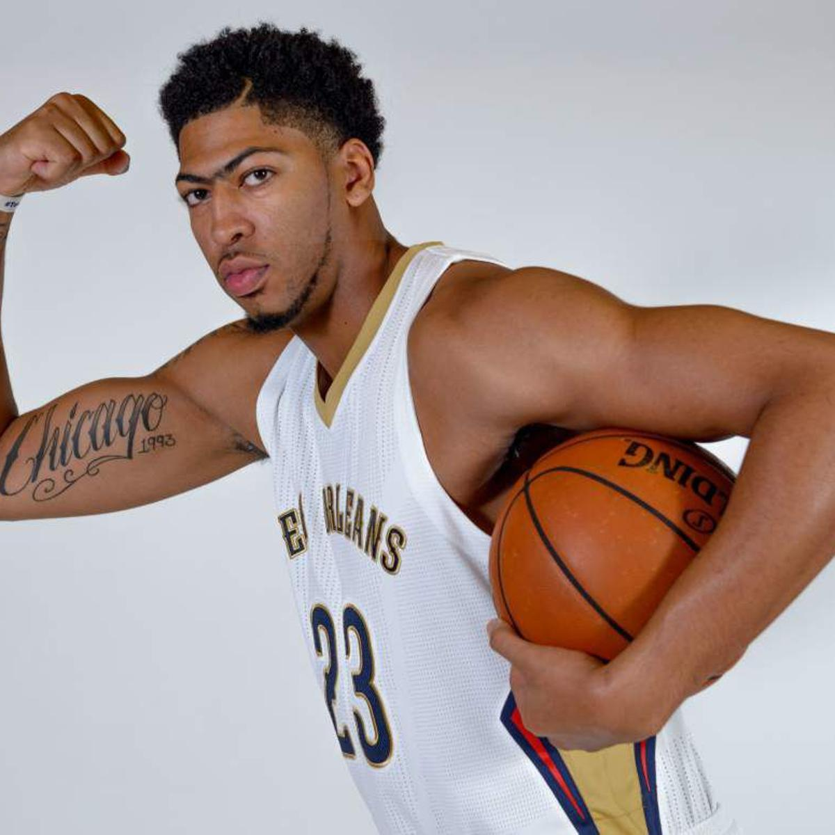 Anthony  Davis tattoo, the American number 3 from Chicago, United States