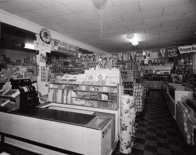 Monteleones supermarket HNOC.JPG