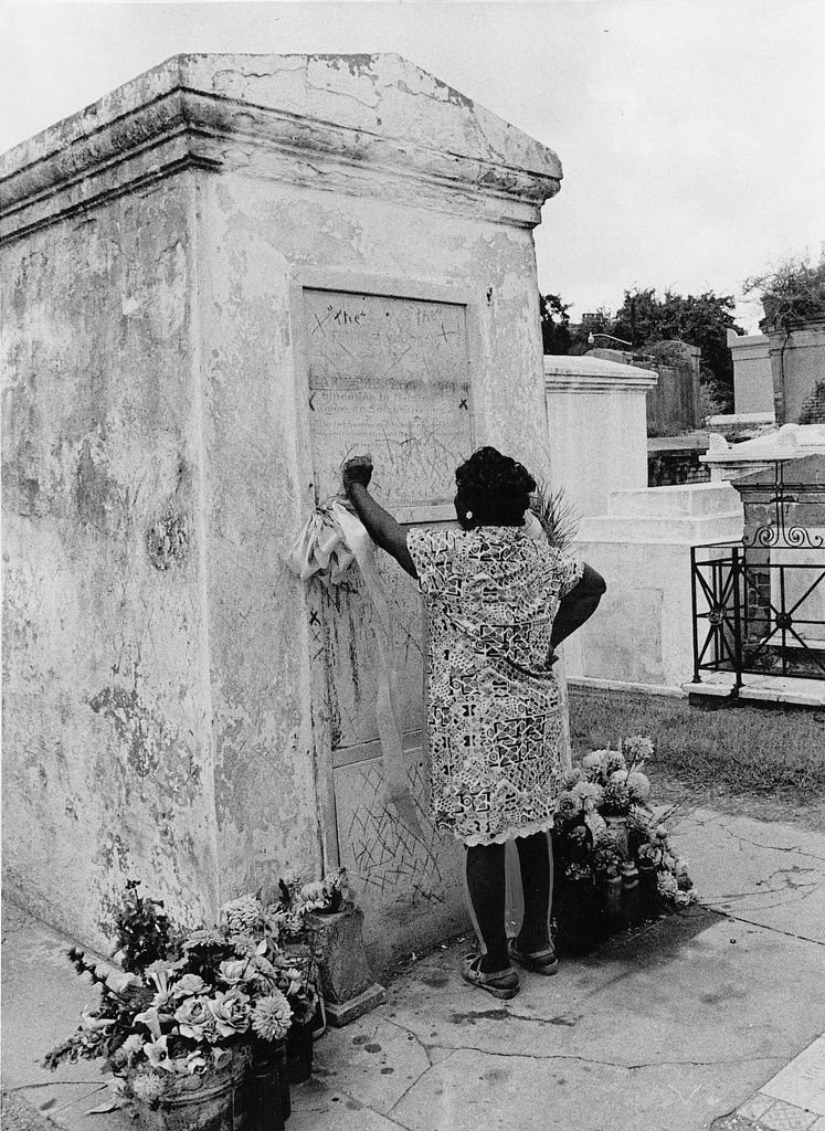 Visit these famous peoples' graves in New Orleans cemeteries