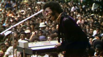 0SUMMER_OF_SOUL_-_Sly_Stone._Courtesy_of_Mass_Distraction_M.jpg