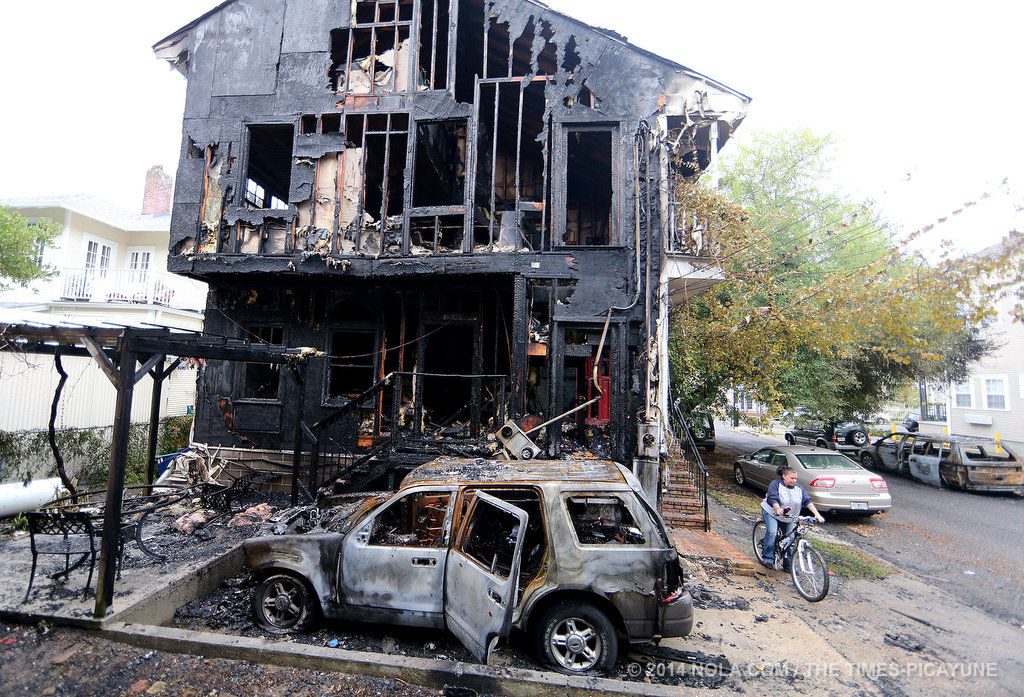 Reward offered for tips in Uptown arson that destroyed political consultant's home