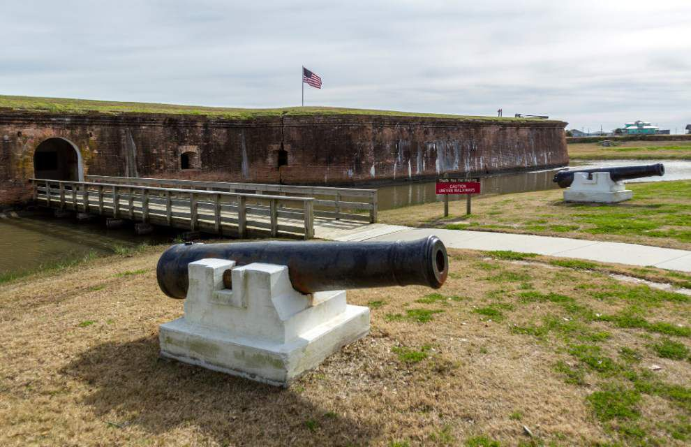 State closes Fort Pike to visitors, lays off staff _lowres