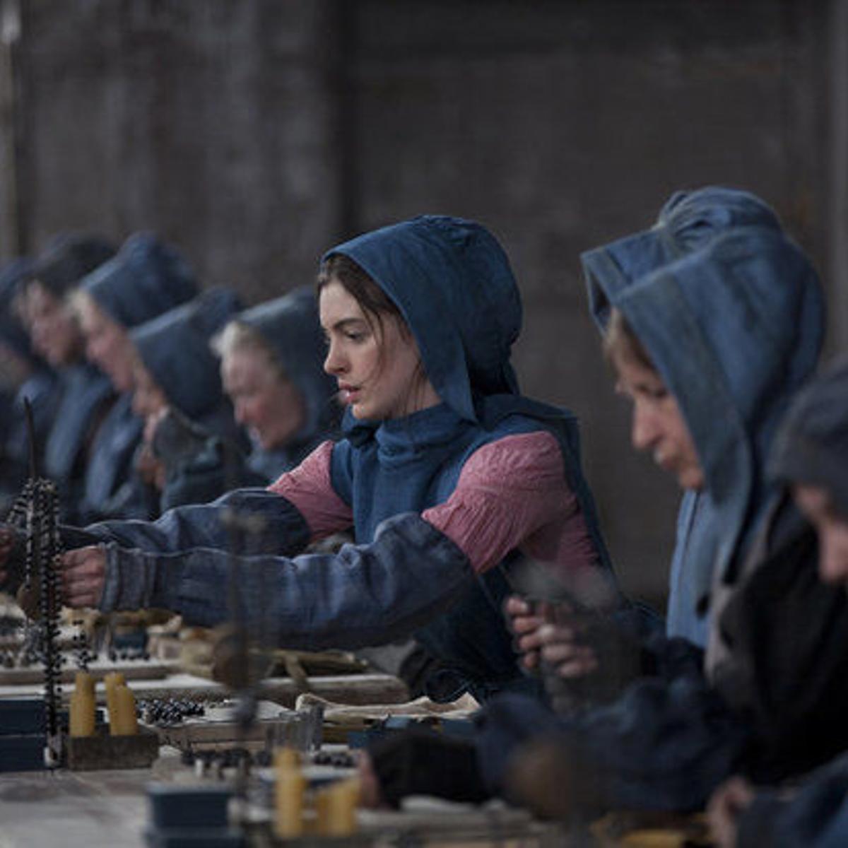 Les Miserables Review Big Screen Adaptation Tickles The Eyeballs Jerks The Tears Movies Tv Nola Com