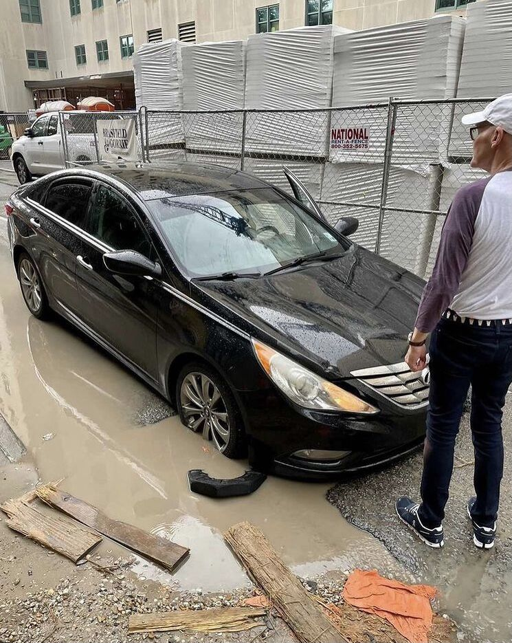 James Carville stuck in pothole