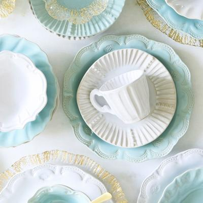 12 Must-Have Items to Add to Your Wedding Registry