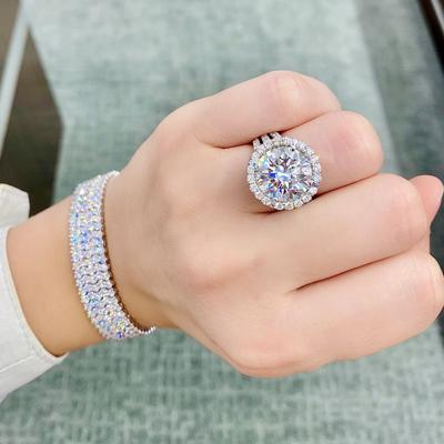 Diamonds Direct's Summer Showcase Offers Deals and Exclusive Pieces