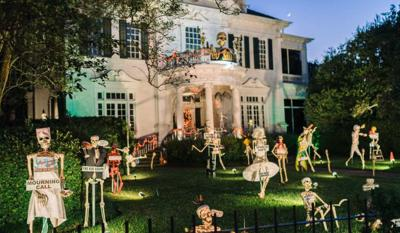 Don't Miss These Incredible Halloween Displays