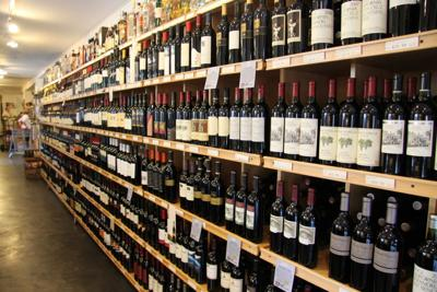 Gifting Wine this Season? These Expert Tips Will Help