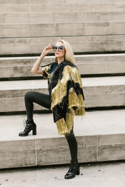 Going for Bold: 25 Black & Gold Looks to Sport this Football Season