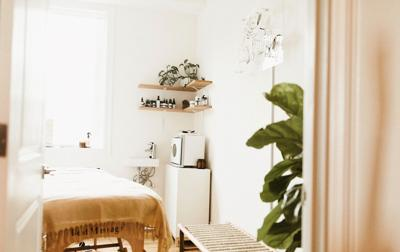New Orleans Meets California in this Holistic Skincare Studio