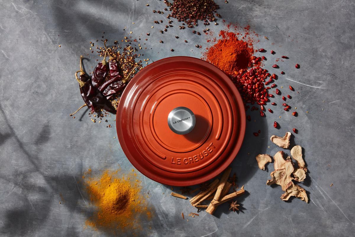Cayenne Round Oven Lid with Spices