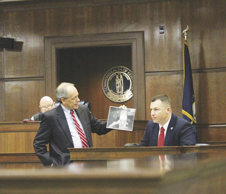 Detective Adam Hall testifies at Hammonds Murder Trial.tif