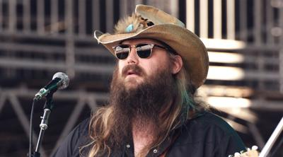 Johnson County native Chris Stapleton gives back to Lexington Habitat for Humanity