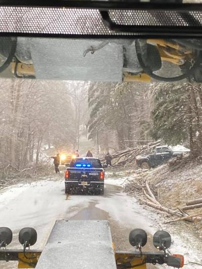 Lee County Sheriff's Dept Helping During Snow Storm