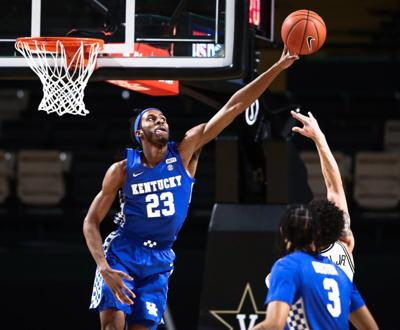 Cats withstand Vandy rally
