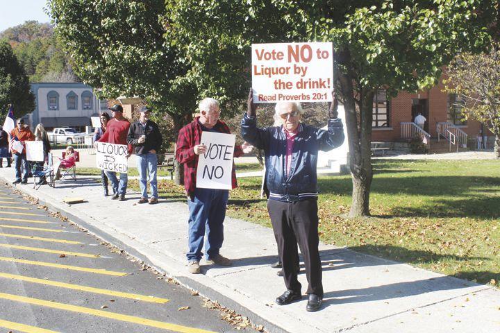 Wet_Dry Vote Protester in McKee.tif