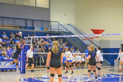 Barbourville volleyball versus Bell County