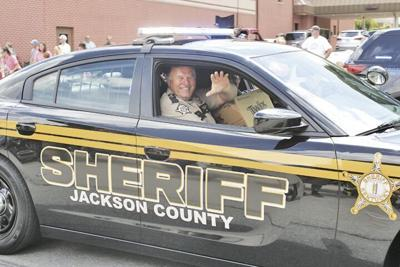 Sheriff Paul Hays in the Parade.tiff