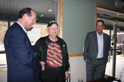 Adkins stops by ZB'S in Jackson