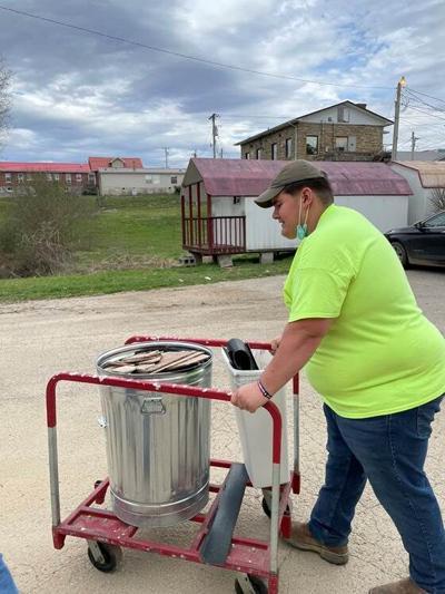 2020 Rogers Scholar Ryan Ratliff Helps After Spring Flood