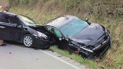 Two vehicle injury traffic crash on KY 472