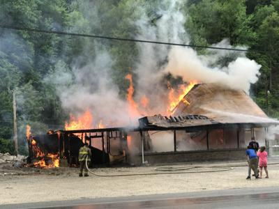 """Saturday fire was """"Controlled Burn"""" Old """"Tee Pee"""" restaurant building used for practice"""