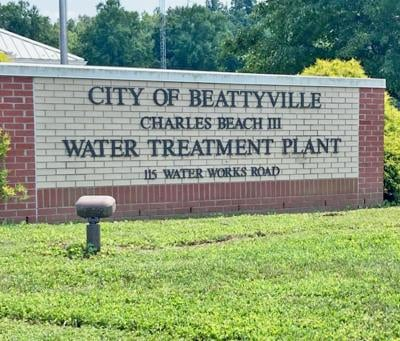 There is a Big Splash Over Water Issues in Lee County