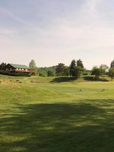 Sag Hollow Golf Coarse