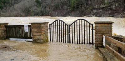 Falls flooded 2020