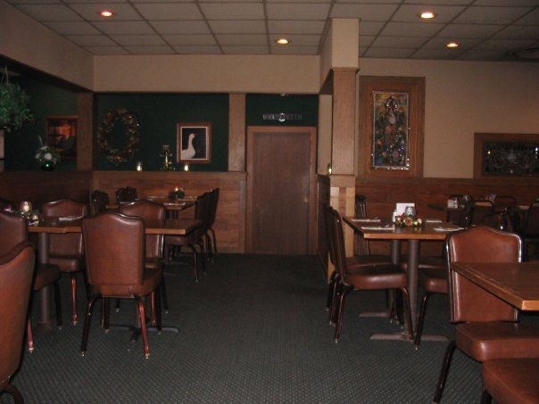 Longtime Norfolk Dining Institution Closes