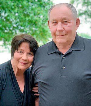 Deon and Linda Hintz