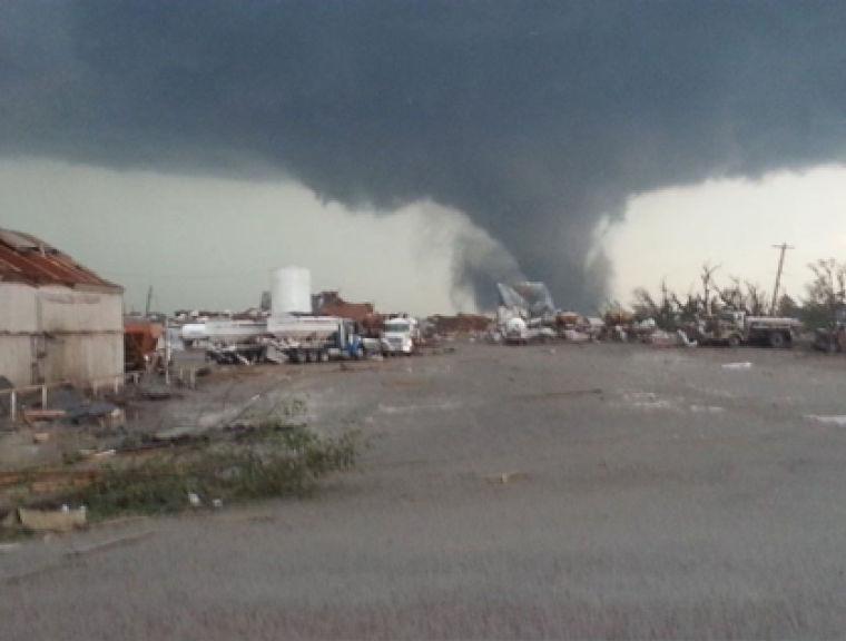 Tornado approaches Pilger