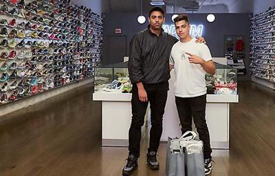 """Eduardo Mora on """"Sneaker Shopping"""""""
