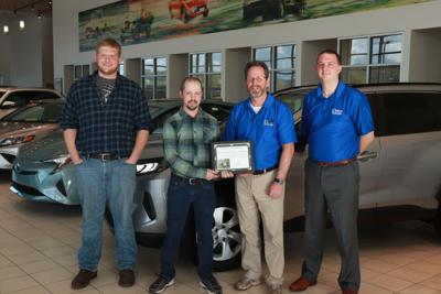 WAHS automotive students win award, recognize local car dealership