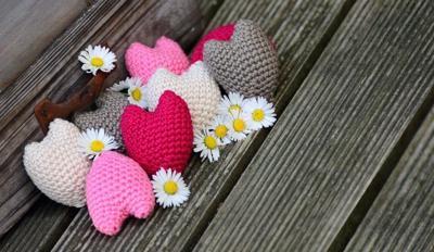 crochet hearts obit new size