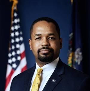Sen. Sharif Street - speaker at Lyco Dems banquet 2019