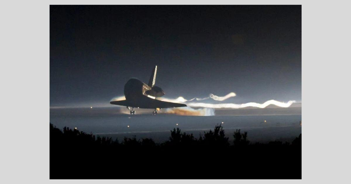 atlantis space shuttle.jpg
