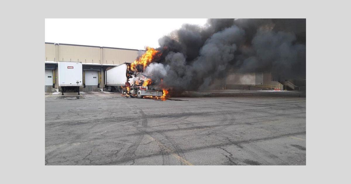 Weis warehouse fire Milton pic 1 _ 2020